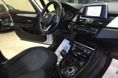 BMW 216d USATO AZIENDALE MATERA BARI 37
