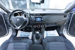 Alfa Romeo Giulietta 37