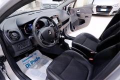 Renault CLIO 37