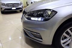 VW Golf 22