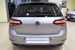 VW Golf 28