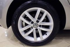 VW Golf 29