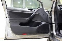 VW Golf 39