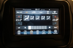 JEEP RENEGADE LIMITED 1600 58