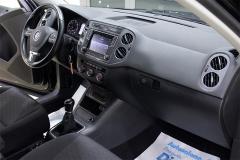 VW Tiguan 37