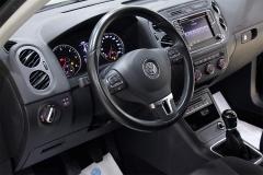 VW Tiguan 38