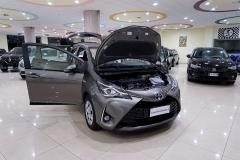 Toyota YARIS H 10