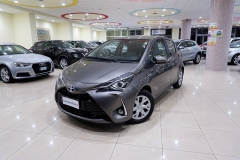Toyota YARIS H 2