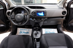 Toyota YARIS H 34
