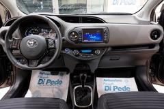 Toyota YARIS H 37