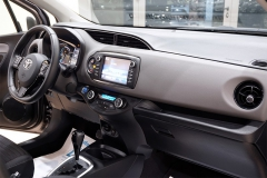 Toyota YARIS H 38