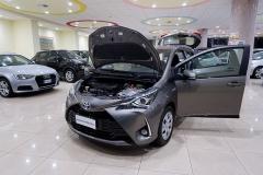 Toyota YARIS H 8