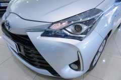 Toyota Yaris Hybrid Usato 14