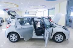 Toyota Yaris Hybrid Usato 17