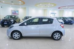 Toyota Yaris Hybrid Usato 18