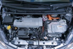 Toyota Yaris Hybrid Usato 32