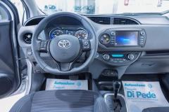Toyota Yaris Hybrid Usato 37