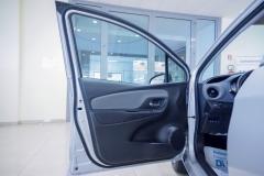Toyota Yaris Hybrid Usato 39