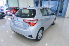 Toyota Yaris Hybrid Usato 4
