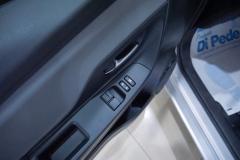 Toyota Yaris Hybrid Usato 40
