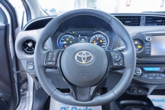 Toyota Yaris Hybrid Usato 44