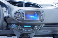 Toyota Yaris Hybrid Usato 48