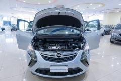 Opel Zafira 7 Posti Usata 8