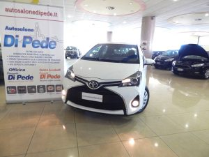 New TOYOTA YARIS 1.0i Active
